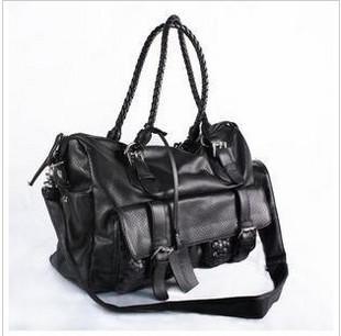 Сумка Dior черная.