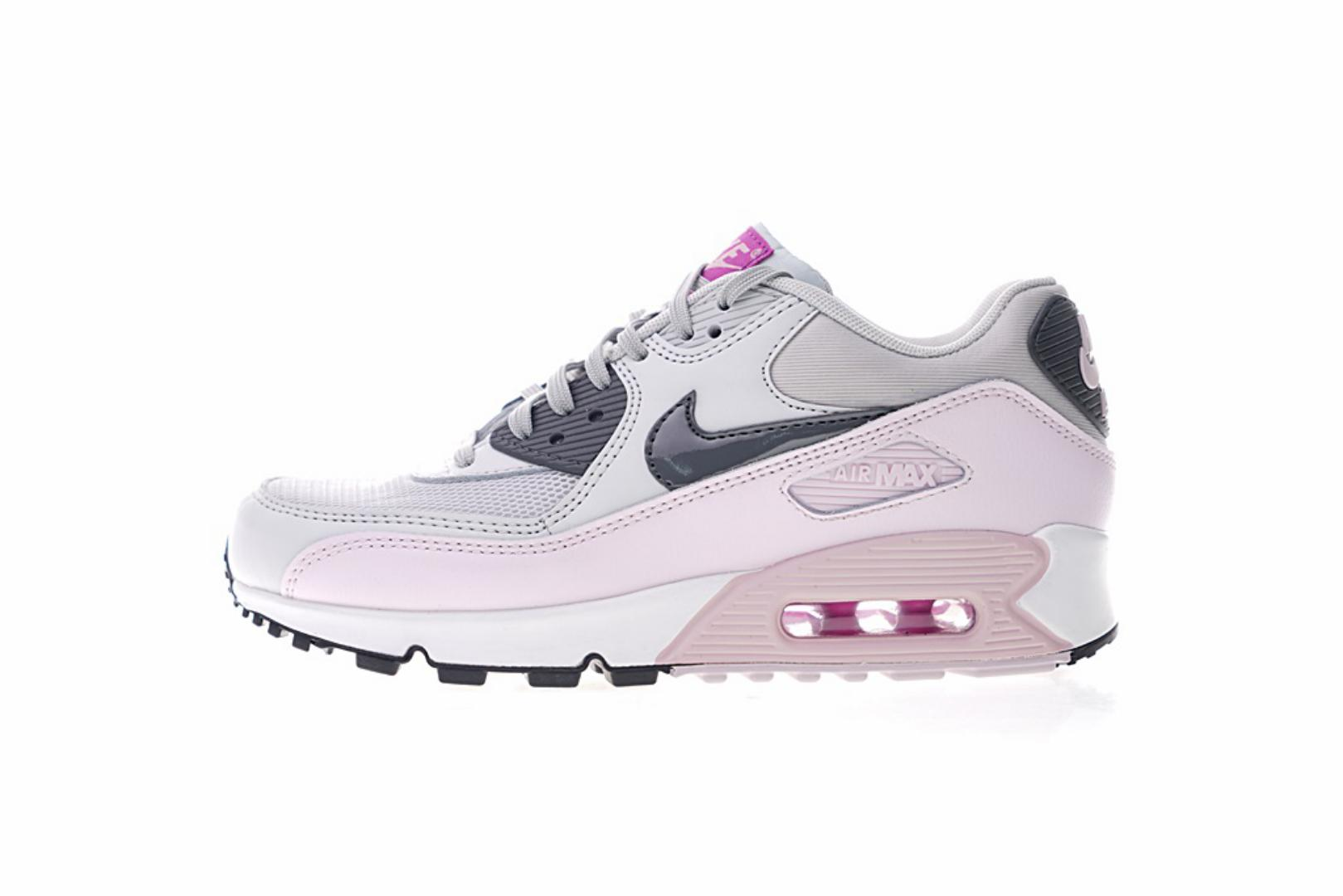 Nike Air Max90 Essential